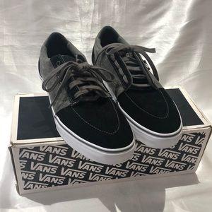 Vans Lindero skater shoes